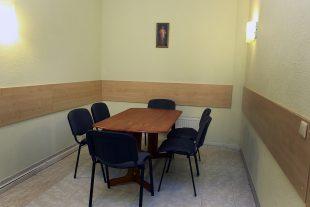 Rest room near funeral room Nr.1, Bažnyčios sq. 4, Ignalina