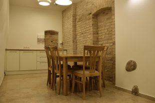 Комната отдыха возле прощальные залы Но.4, ул. М. К. Пацо 4, микрорайон Антакальнис