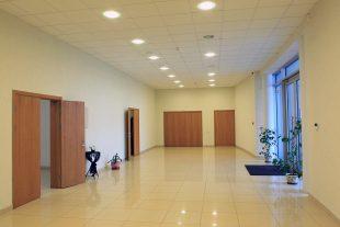 Вход в прощальные залы, Ул. Икальнес 7, Пабраде